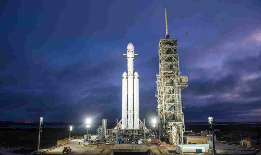 SpaceX Got U.S. Regulator to Back Satellite Internet Plan