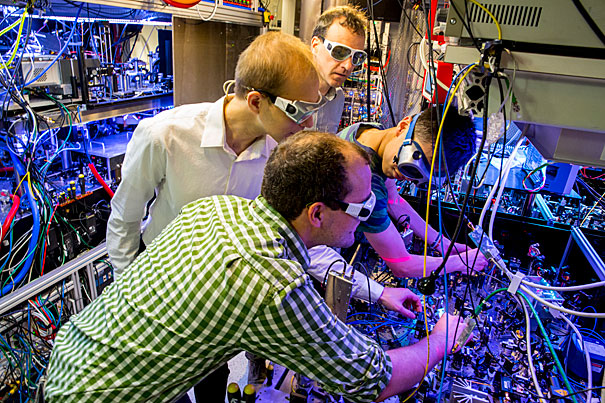 Physicists Created Antiferro magnet That  Help to Figuring out superconductors